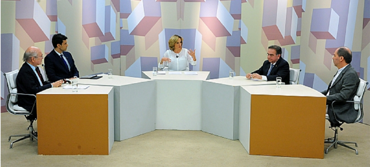 Willian Bueno, AIE, participa de debate sobre privatizações